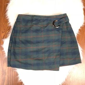 Free People green plaid wrap skirt size 8